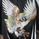 背中の刺繍