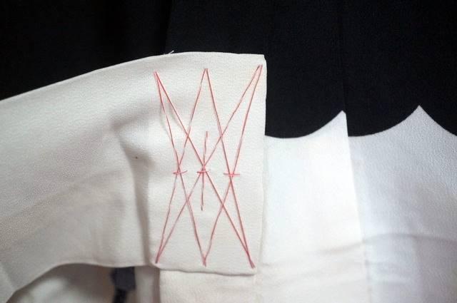 付け紐の飾りしつけ