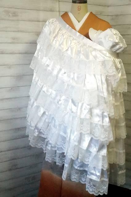 洋装の掛け着